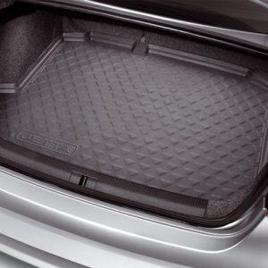 Коврик в багажник Volkswagen Jetta 5, с надписью, для автомобилей с базовым полом багажника
