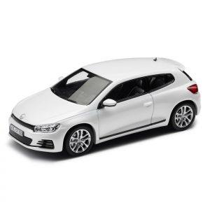 Модель в миниатюре 1:43 Volkswagen Scirocco, White Pearl Metallic