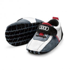 Обувь Audi для малышей