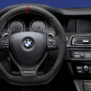 Спортивное рулевое колесо BMW M Performance 5 и 6 серия, алькантара с карбоновой вставкой