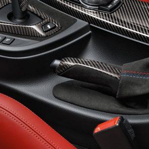 Ручка рычага стояночного тормоза из карбона и чехол из алькантары BMW M Performance M3 и M4, F-кузов