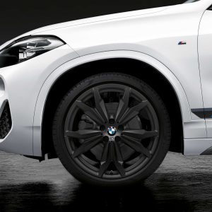 Комплект летних колес в сборе R20 BMW  F48/F49/F39 Double Spoke 717 M Performance Black, Pirelli P Zero, RunFlat
