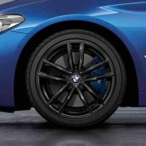 Зимнее колесо R18 BMW G30/G31, Double Spoke 662M Black,  Goodyear Ultra Grip 8 Performance RunFlat