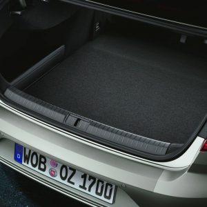 Защитная пленка на задний бампер для Volkswagen Passat (B7) Limousine