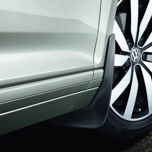 Брызговики передние Volkswagen CC с 2012 года