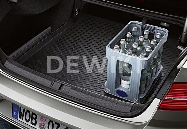 Коврик в багажник Volkswagen Passat (B8) Limousine