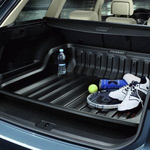 Поддон в багажник Volkswagen Passat (B8) Variant с 2015 года, с надписью