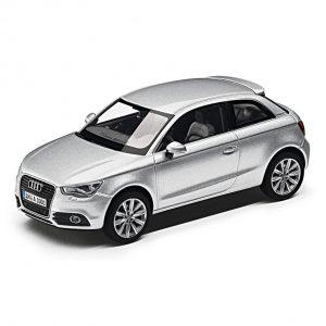 Модель в миниатюре Audi A1, Ice Silver, масштаб 1:43