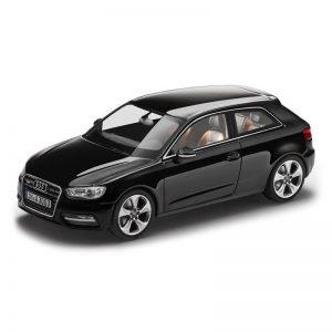 Модель в миниатюре Audi A3, Phantom black, масштаб 1:43