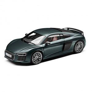 Модель в миниатюре Audi R8 Coupe, Camouflage Green matt, масштаб 1:18
