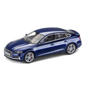 Модель в миниатюре Audi S5 Sportback, Navarra Blue, масштаб 1:43