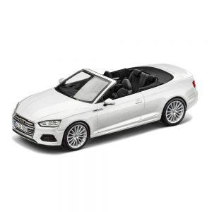 Модель в миниатюре Audi A5 Convertible, Glacier White, масштаб 1:43