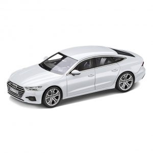 Модель в миниатюре Audi A7 Sportback, Glacier white, масштаб 1:43