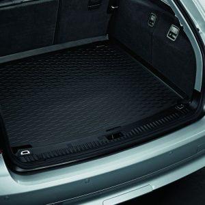 Коврик в багажник BMW E61 5 серия