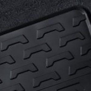 Резиновые передние коврики BMW E83