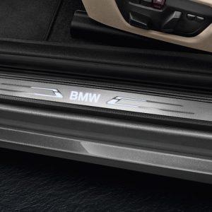 Накладки на пороги BMW со светодиодной подсветкой, 1 и 2 серия