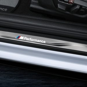 Накладки на пороги BMW M Performance со светодиодной подсветкой, F21/F22/F23/F87 1 и 2 серия