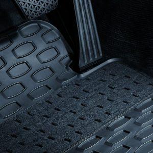 Резиновые передние коврики BMW E60/E61 5 серия