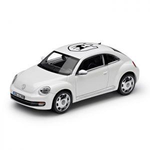 Модель в миниатюре 1:43 Volkswagen Beetle, Candy white