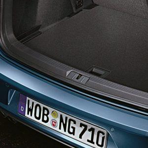 Защитная пленка на задний бампер Volkswagen Golf 7