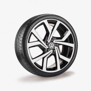 Летнее колесо в сборе VW Golf в дизайне Brescia,  225/35 R19 88 Y/ZR X, Black, 7.5J x 19 ET51