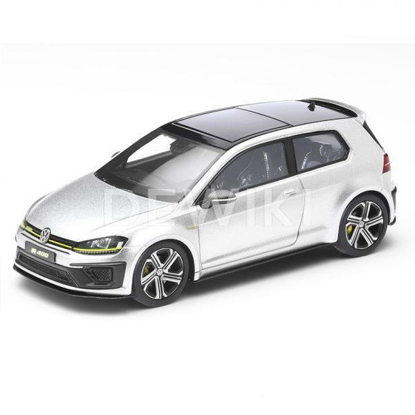 Модель в миниатюре 1:43 Volkswagen Golf R 400, Silver Lake Metallic