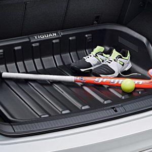 Поддон в багажник Volkswagen Tiguan с 2016 года, с надписью, для автомобилей с высоким полом багажника