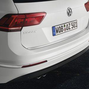 Накладка на крышку багажника Volkswagen Tiguan (5N) с 2016 года, хромированная