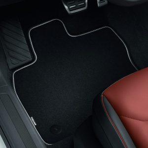 Коврики в салон Volkswagen Tiguan (5N) с 2016 года, текстильные Premium передние и задние, черные