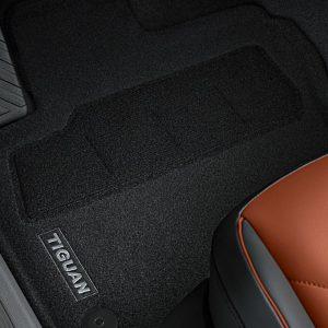 Коврики в салон Volkswagen Tiguan (5N) с 2016 года, текстильные Optimat передние и задние