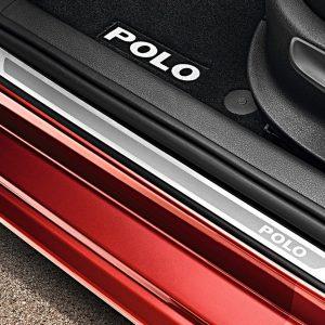 Накладки на пороги Volkswagen Polo 5, 4-дверных с надписью Polo