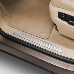 Защитная пленка на пороги Volkswagen Touareg (7P)