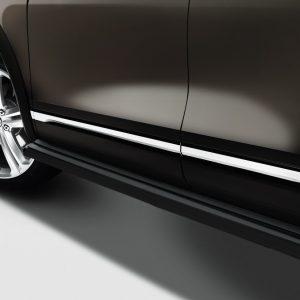 Подножки Volkswagen Touareg (7P), черного цвета