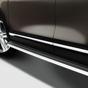 Подножки Volkswagen Touareg (7P), серебристого цвета