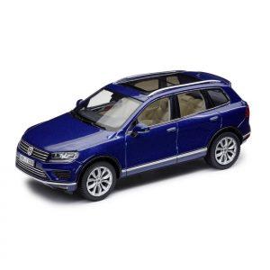 Модель в миниатюре 1:43 Volkswagen Touareg, Reef Blue Metallic
