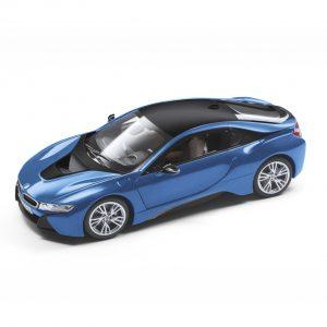 Миниатюрная модель BMW i8 (i12), Protonic Blue, масштаб 1:18