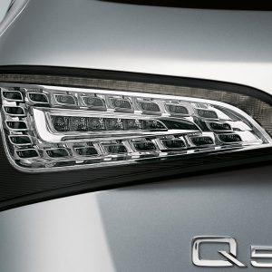 Светодиодные задние фонари Audi Q5, прозрачное стекло