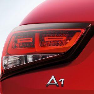 Светодиодные задние фонари Audi A1 (8X), с затемнением