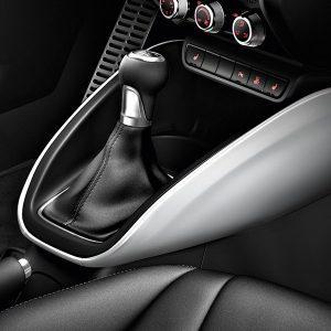 Декоративные накладки для центральной консоли Audi A1, белый ледник