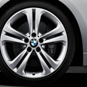 Комплект летних колес в сборе R19 BMW F30/F31/F32/F33/F36 Double Spoke 401, Pirelli P Zero r-f, RDC, Runflat