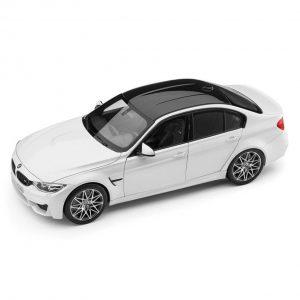 Миниатюрная модель BMW F80 M3 Competition, Mineral White, масштаб 1:18