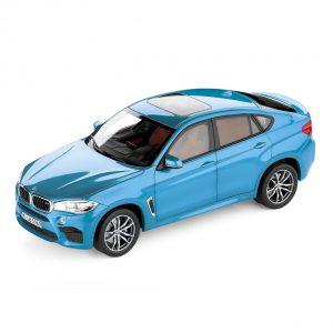 Миниатюрная модель BMW X6 M, Long Beach Blue, масштаб 1:18