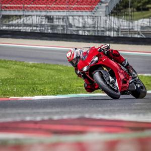 Обновление кода неисправности Ducati Traction и Wheelie Control Evo 1299 Panigale