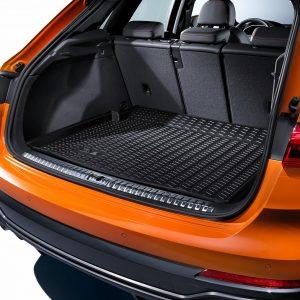 Коврик в багажник резиновый Audi Q3 (F3)