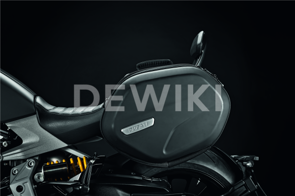 Пара полужестких боковых сумок Ducati Diavel