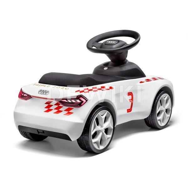 Детский автомобиль Audi FC Bayern M., белая