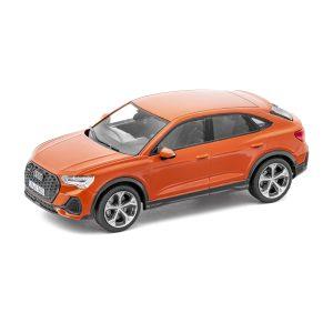 Модель в миниатюре Audi Q3 Sportback, Pulse Orange, масштаб 1:43
