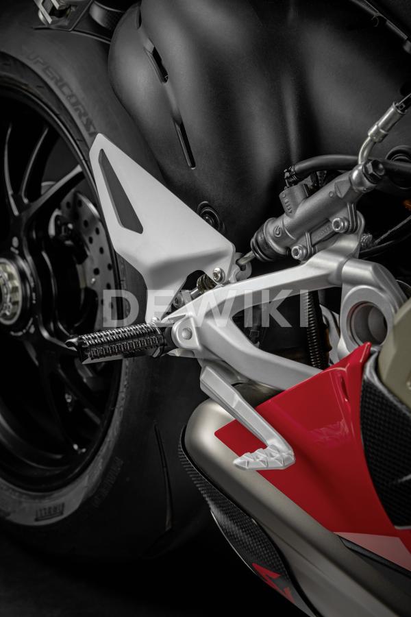 Алюминиевые подножки Ducati Panigale V2 / V4 / Streetfighter V4, Black